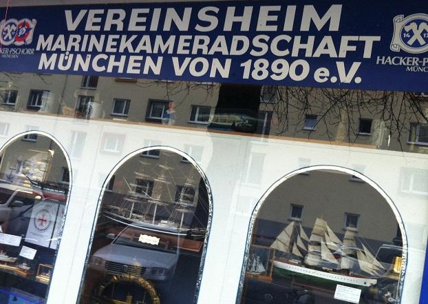 Marine in München, Ski in Hamburg